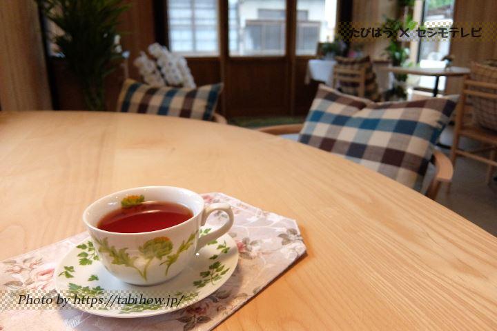 美咲町のカフェ「町家紅茶店 凜香」