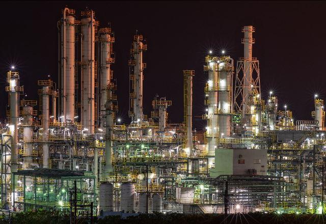 今治の工場夜景