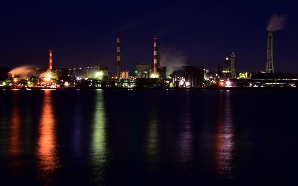 番の州から対岸の三菱化学坂出工場を撮影
