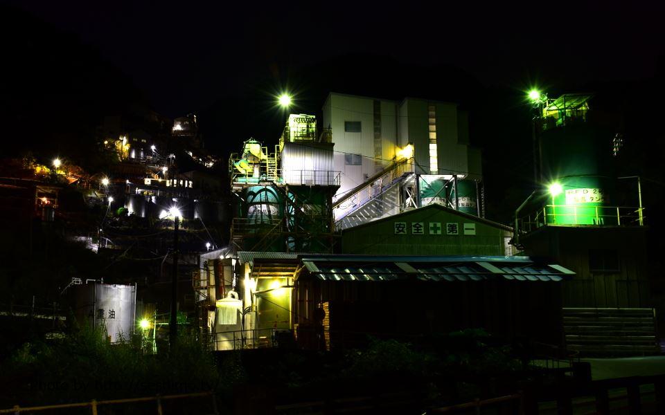 道路沿いから白石工業土佐工場を撮影