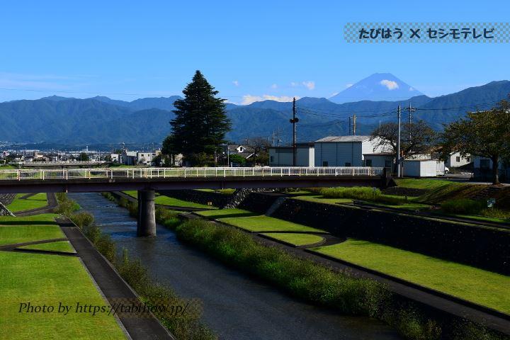 あやめ橋から見る富士山